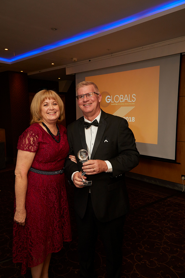 Geoff and Kathryn Penrose receive Global award 1